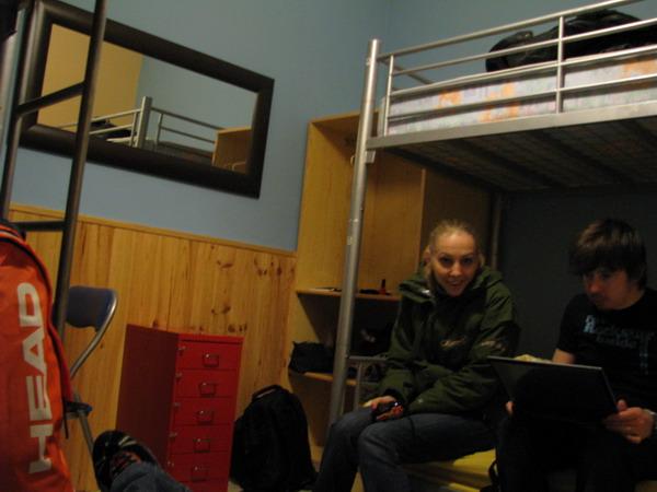 4_hostel.jpg